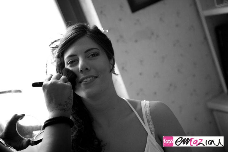bride_getting_ready_2