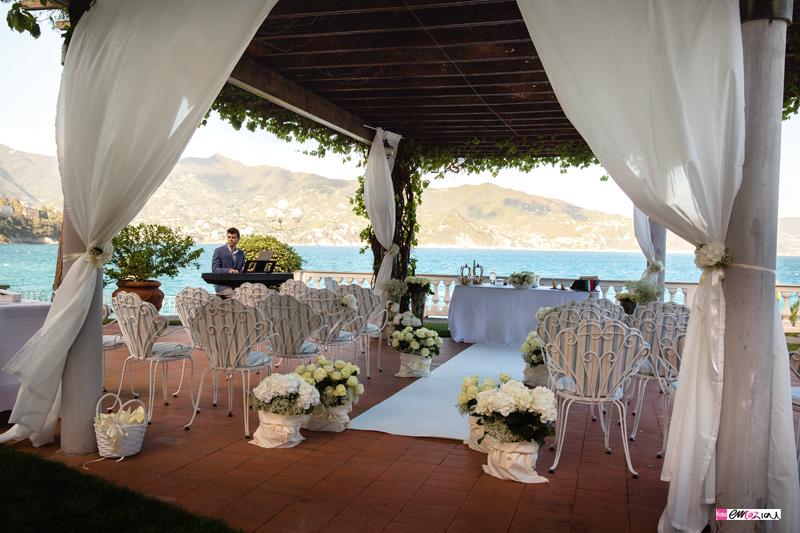 destination-wedding-photographer-italian-riviera-santamargheritaligure-wedding-location