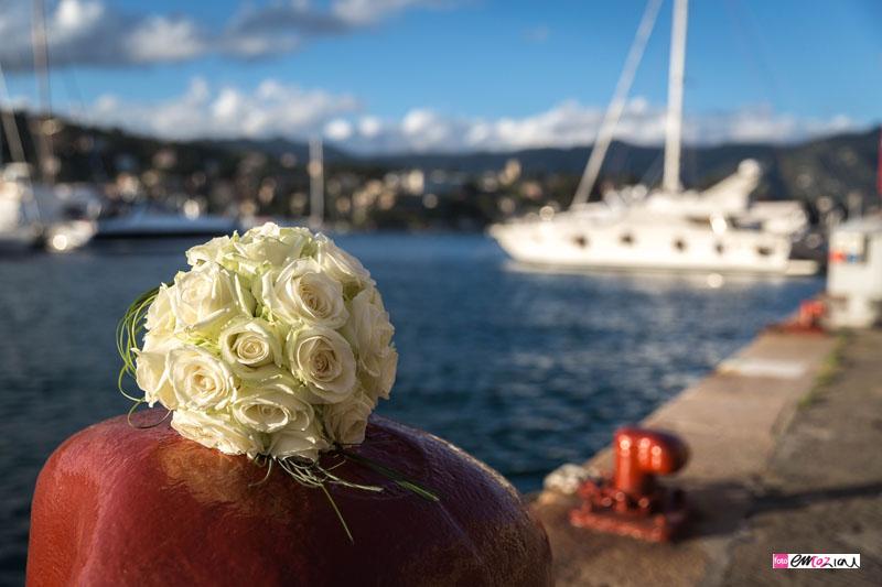destination-wedding-photographer-italian-riviera-santamargheritaligure-weddingbouquet