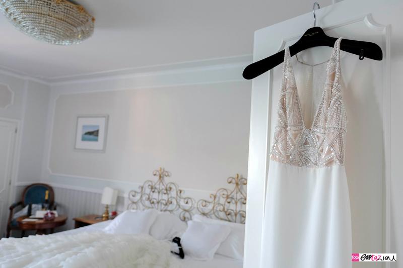 destination-wedding-photographer-santamargheritaligureweddingdress