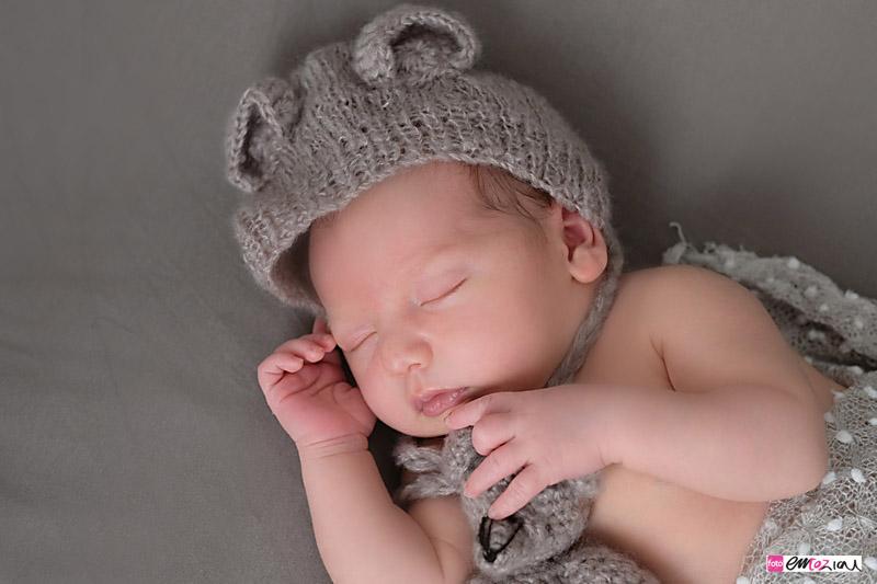 servizio-fotografico-newborn-fotografa-chiavari-daniela-fotoemozioni-neonati-bambini-6
