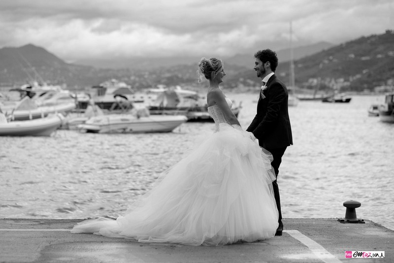 destination-wedding-photographer-italy-sestrilevante-grandhoteldecastelli-portofino-11