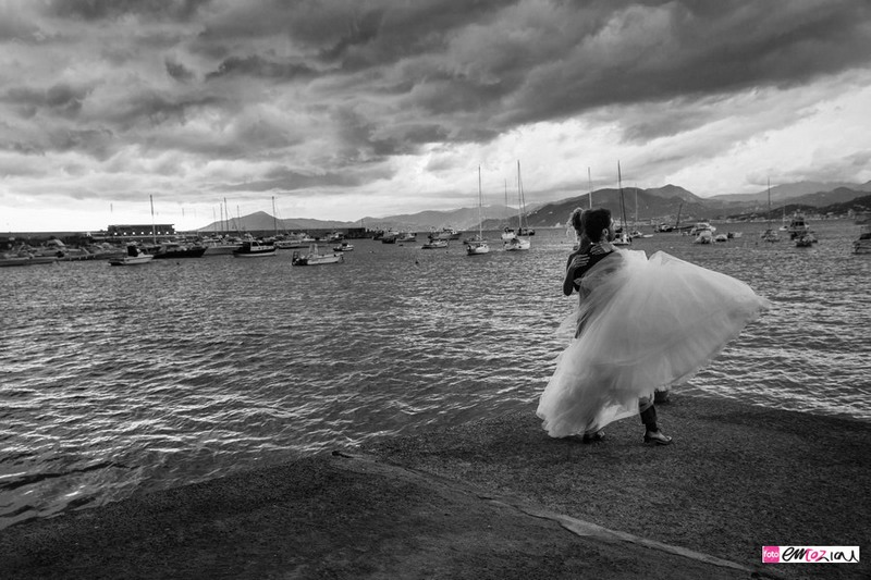 destination-wedding-photographer-italy-sestrilevante-grandhoteldecastelli-portofino-35