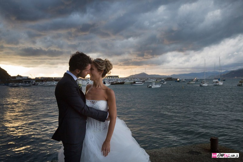 destination-wedding-photographer-italy-sestrilevante-grandhoteldecastelli-portofino-37