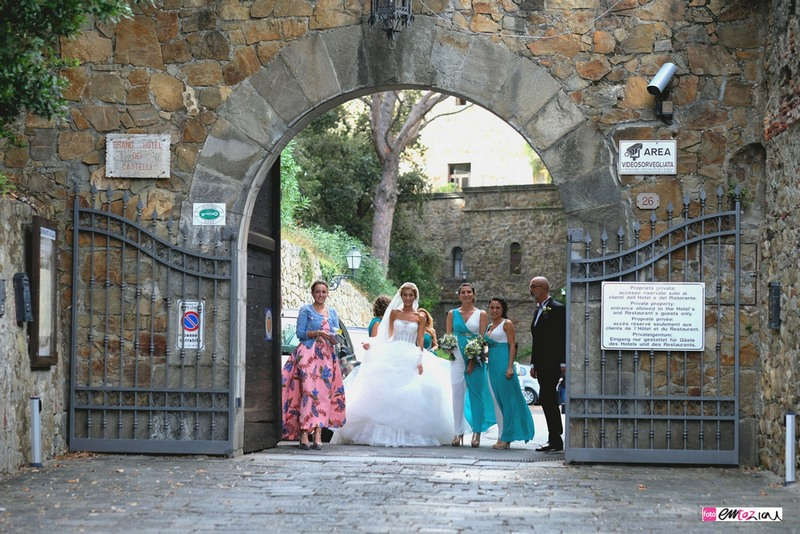 destination-wedding-photographer-italy-sestrilevante-grandhoteldecastelli-portofino-6