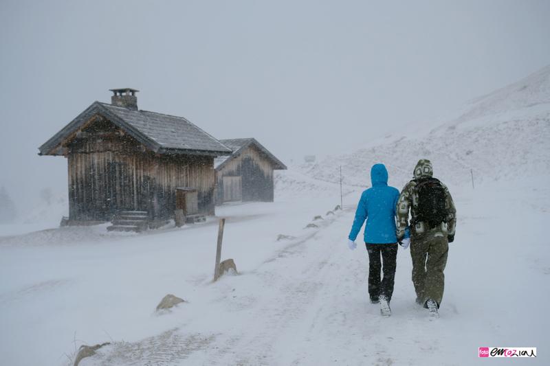destination-wedding-photographer-Dolomites-valdifassa-italy-14