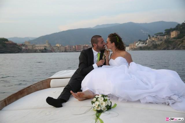 destintation-wedding-photographer-italy-sestrilevante-grandhoteldeicastell-fotografo-matrimonio-baiadelsilenzio-sailing
