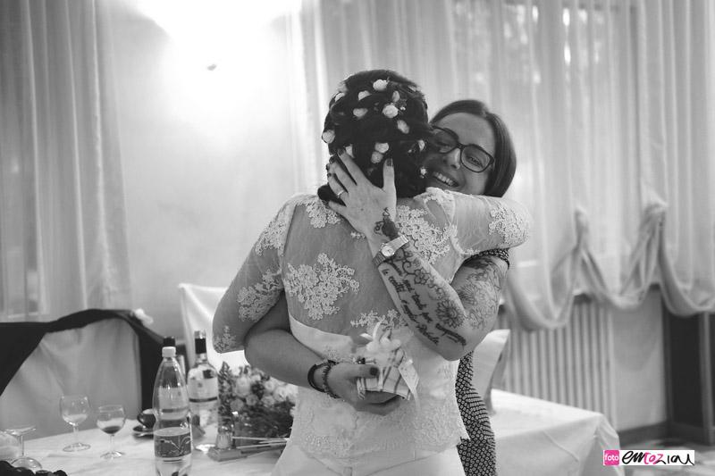 wedding-emotions-emozioni-abbracci