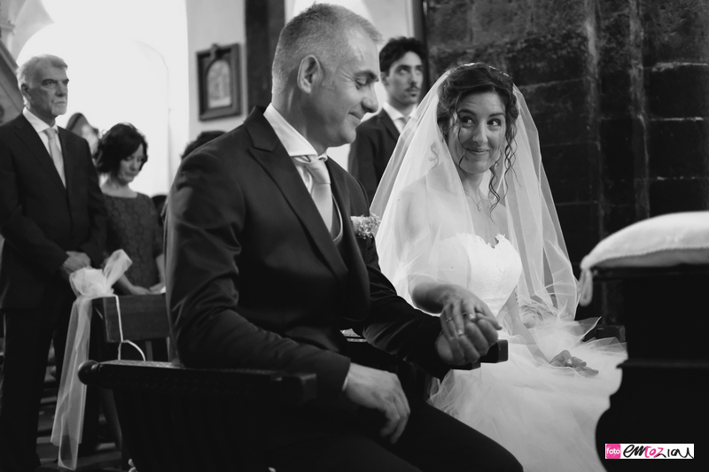 fotografo-matrimonio-levanto-destination-wedding-photographer_sposi_chiesa23b