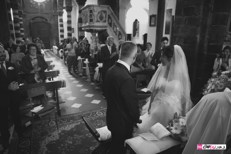 fotografo-matrimonio-levanto-destination-wedding-photographer_sposi_chiesa47