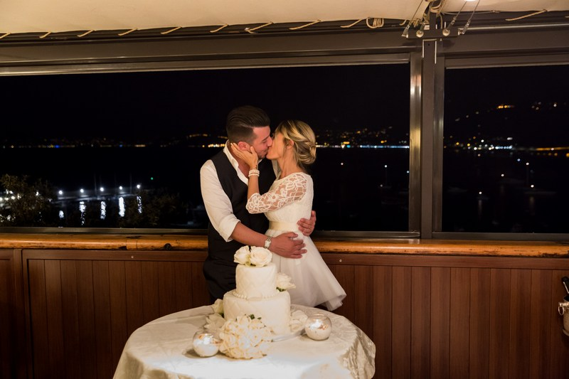 fotografo-matrimonio-sestrilevante-wedding-photographer-italy_ristorantedeicastelli_Weddinjgcake