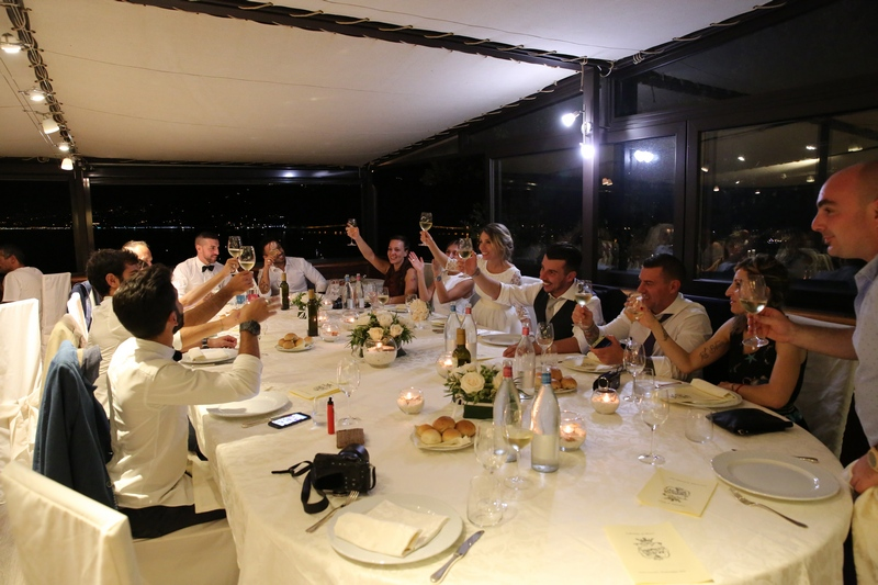 fotografo-matrimonio-sestrilevante-wedding-photographer-italy_ristorantedeicastelli_dinner
