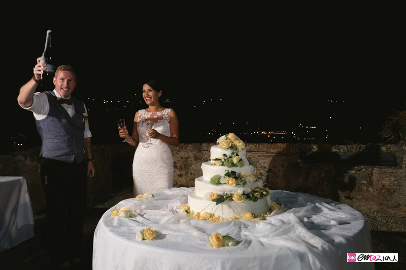 destination-wedding-Portofino-castellobrown-weddingcake-tagliotorta (1)