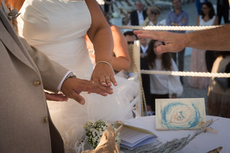 foto-matirmonio-spotorno-bagnisirio-matrimonio-spiaggia (18)