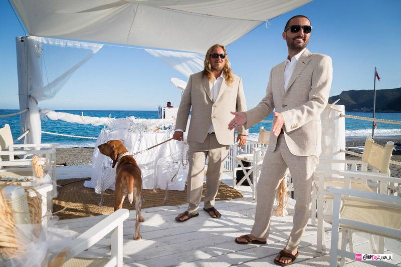foto-matrimonio-spotorno-bagnisirio-preparazione-sposo-spiaggia (5)